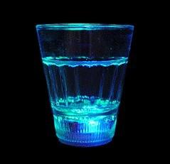แก้วเรืองแสง
